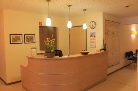 Empfangsbereich der Physiotherapie Odenthal in Hagen